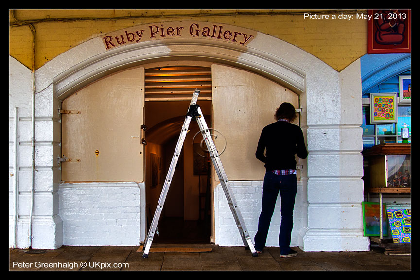 pic a day 2013 - 141 - Peter Greenhalgh
